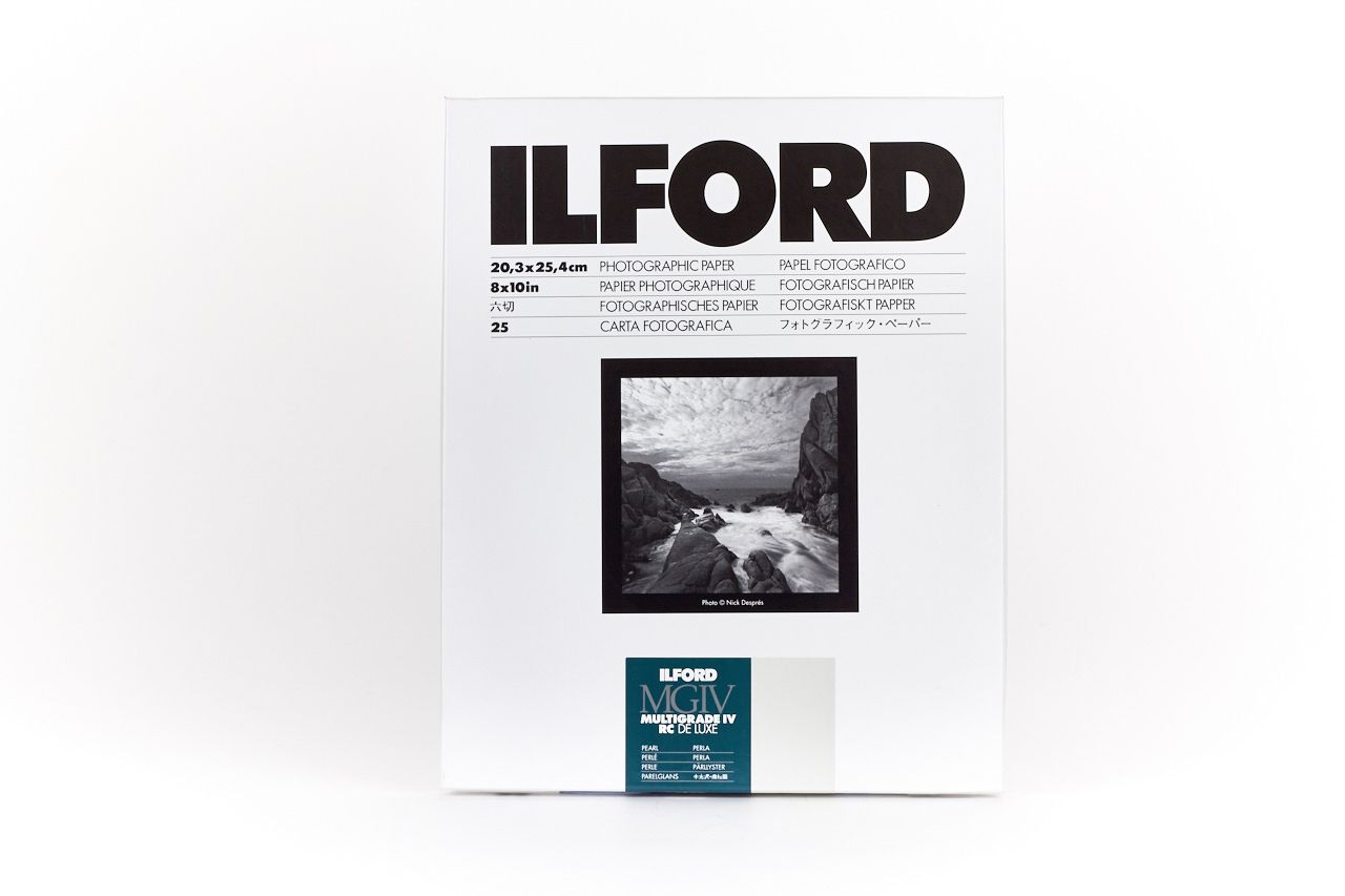 Ilford Multigrade IV RC Deluxe 44M Pearl 20.3x25.4cm 100 Sheets MG4RC44M