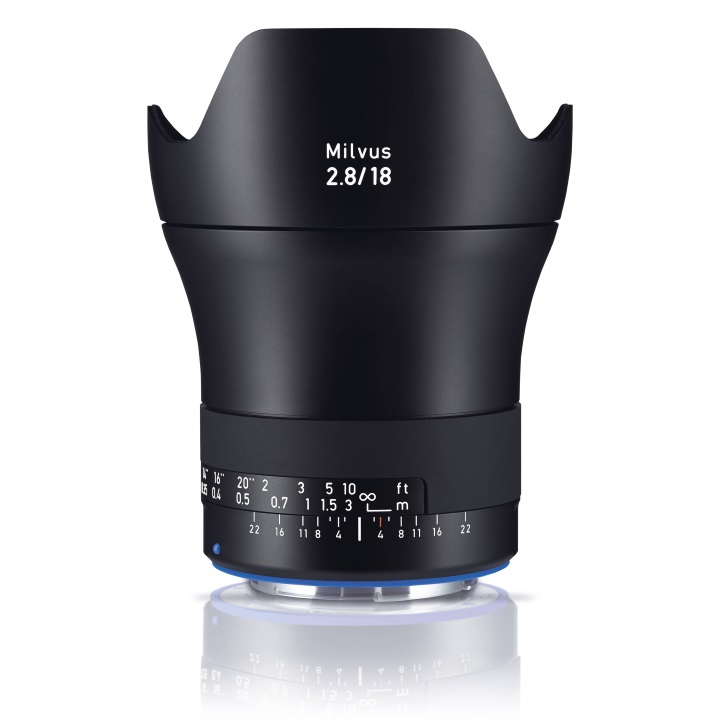 Zeiss Milvus 18mm f/2.8 ZE Lens for Canon