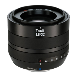 Zeiss Touit 32mm f/1.8 for Fuji X-Mount